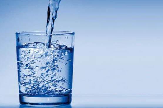 روزانه چه مقدار آب بنوشیم تا سالم باشیم؟
