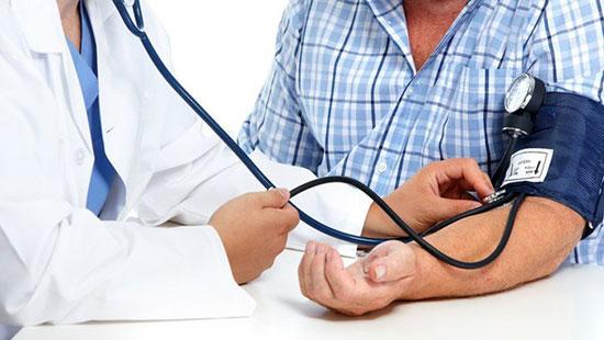با رژیم غذایی و خوردن این غذاها فشار خون را درمان کنید
