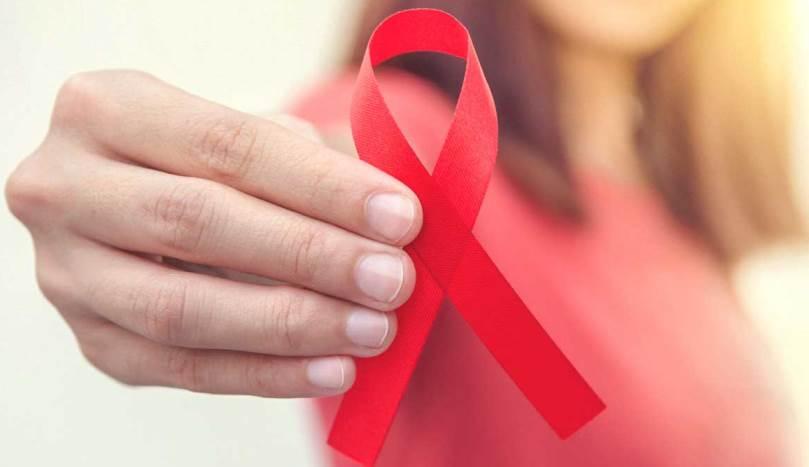 علایمی که نشان دهنده ویروس ایدز (HIV) هستند