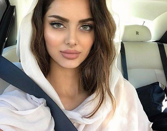 بیوگرافی و عکس های مه لقا جابری مانکن و مدل زیبای ایرانی
