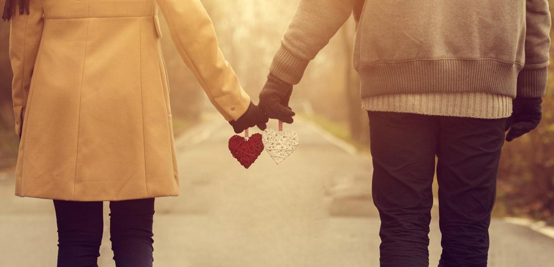 چگونه بفهمیم پسری یا مردی عاشقمان شده است؟