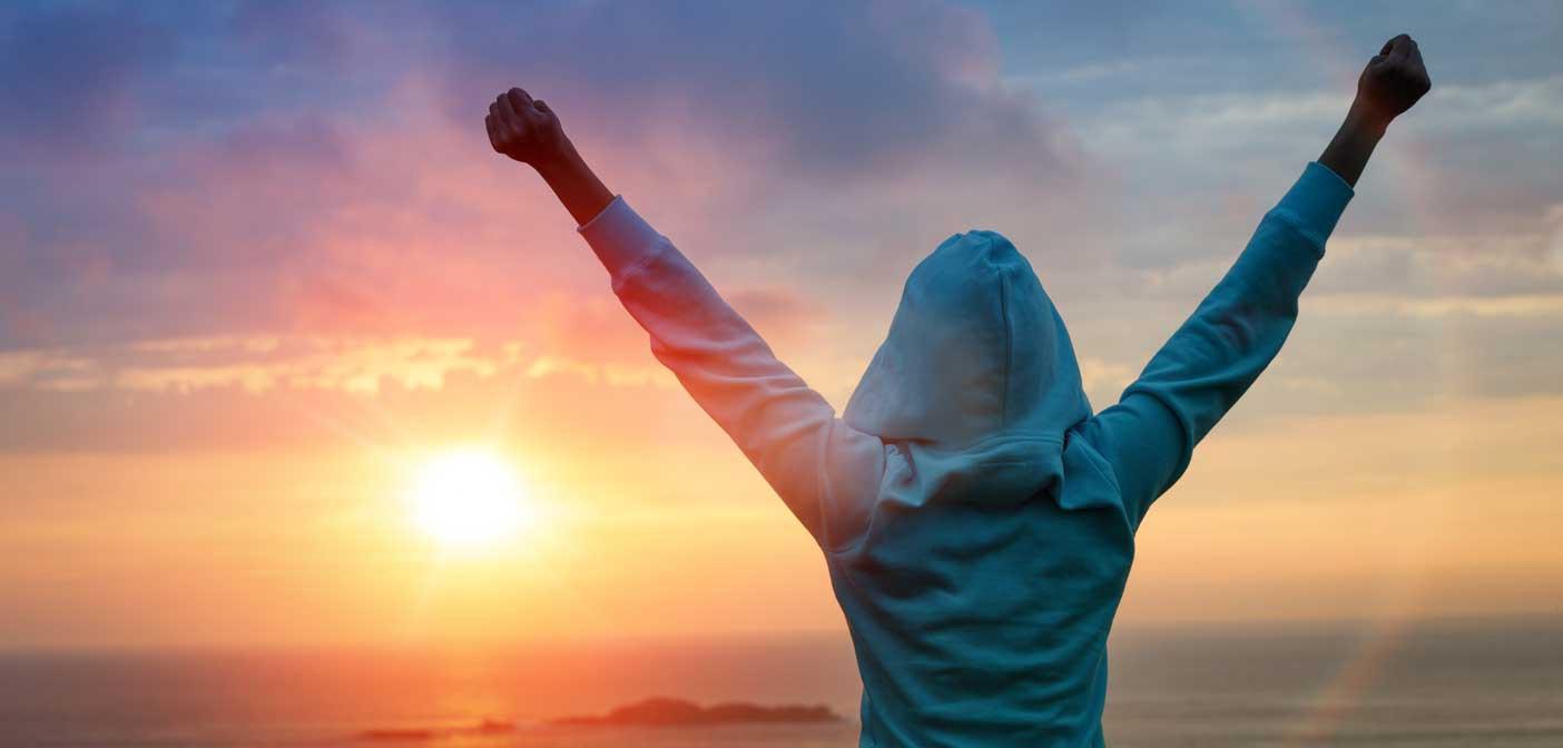 چگونه شاد باشیم و شاد زندگی کنیم؟