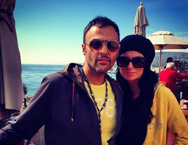 بیوگرافی و عکس های شهرام کاشانی و همسرش