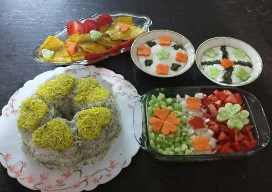 تصاویر تزیین برنج   عکس هایی از تزیین برنج قالبی با زعفران و زرشک