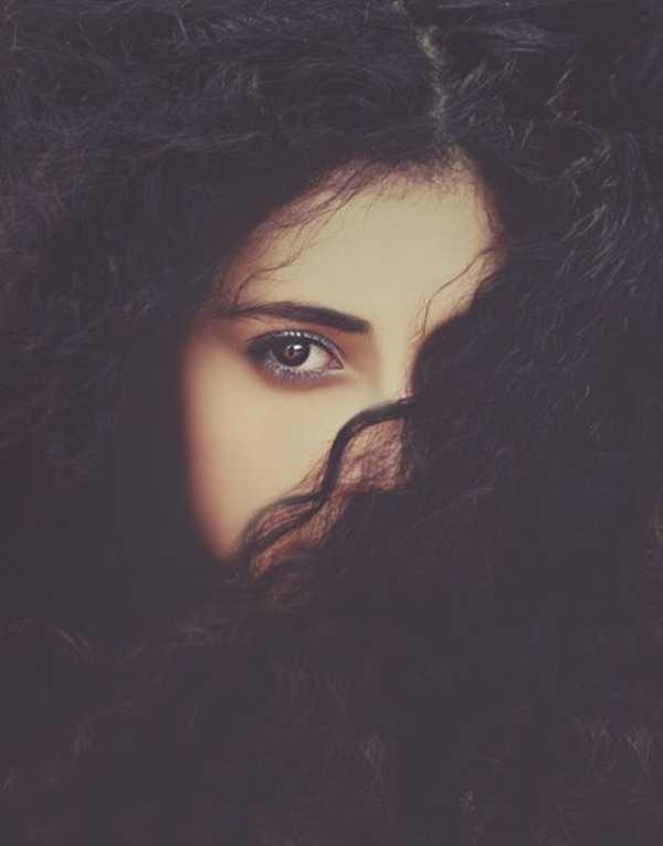 عکس پروفایل دختر مو مشکی