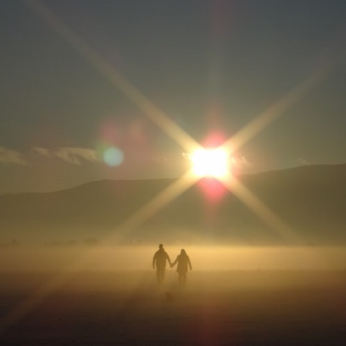 عکس های عاشقانه دو نفره در دل طبیعت