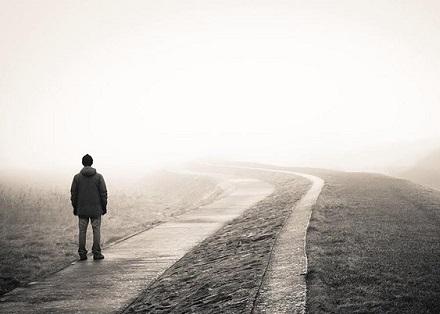 انشا در مورد تنهایی + 4 انشا زیبای ادبی کوتاه و بلند با موضوع تنهایی و دلتنگی