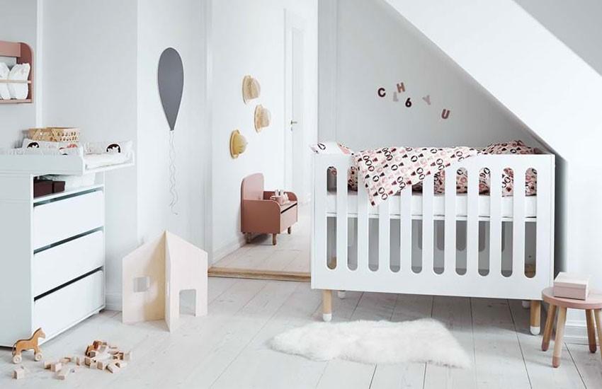 بورس سیسمونی نوزاد کجاست
